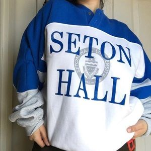 Seaton hall Crewneck